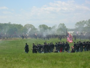 4 May 2014: Union forces launch assault on the Bloody Angle during Battle of the Muleshoe reenactment. Photo: Molly Charboneau
