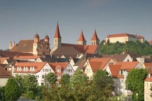https://commons.wikimedia.org/wiki/File:Ellwangen_Stadtansicht.jpg
