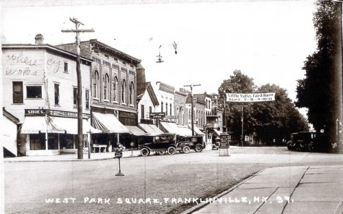 http://historicpath.com/historic-site-tours-rt-16/park-square-franklinville